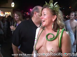 SpringBreakLife Video: Aside Toga Border