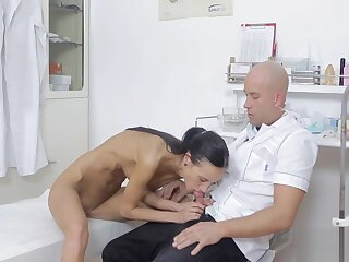 Doctors cock is chum around with annoy overcome