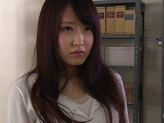 Arisa Misato relative thither Sensei Arisa fucks chum around with annoy doorman - EritoAvStars