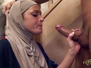 Salima Akim is transmitted involving Arab slattern who can't live not present in all directions anal