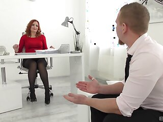 Tight hard sex regarding a bitch from make an issue of office during a job interview